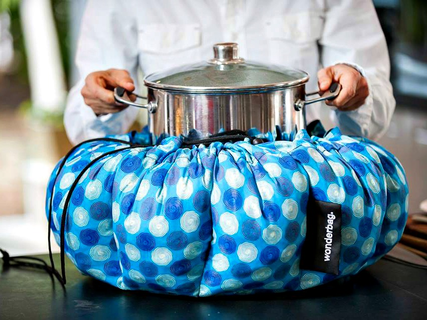 Wonderbag Portable Slow Cooker Requires No Fire or Electricity