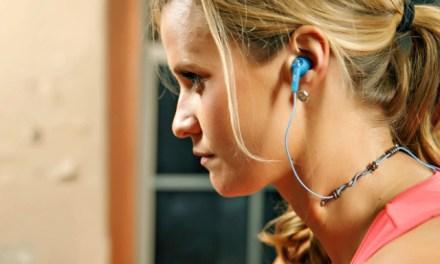 geeRaf Tames Your Earphones Cable