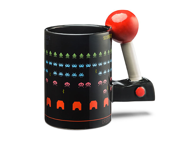 3D Arcade Mug Scores Highly with Gaming Crowd