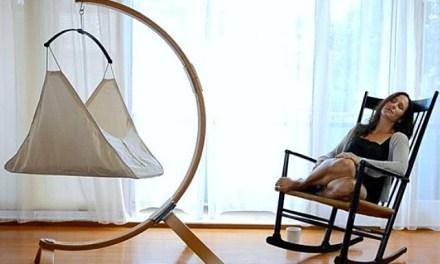 Hushamok Okoa Stand and Organic Hammock – Perfect Crib Alternative