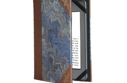 Disguise your Kindle with the Verso Prologue Cover
