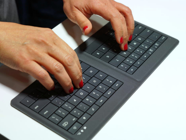 Microsoft Universal Foldable Keyboard
