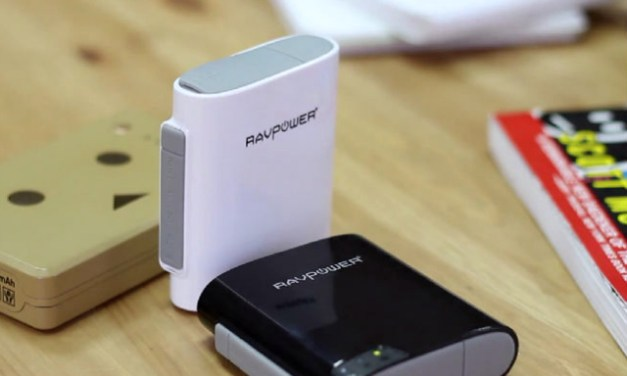 Share Files on the go with the RAVPower All-In-One FileHub with Router