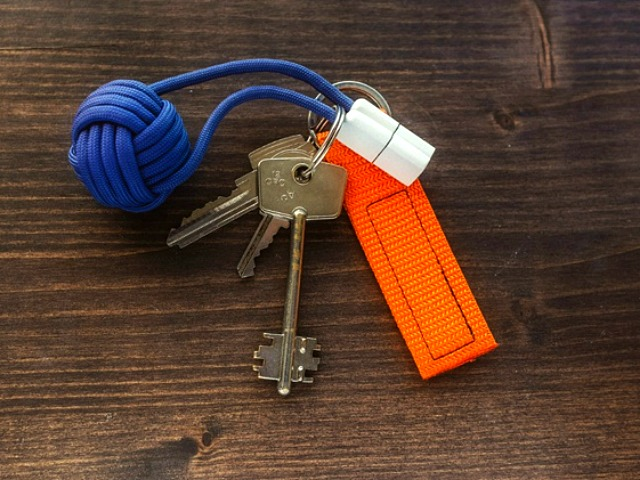 Bold Knot – The Fastest and Boldest Phone Charger