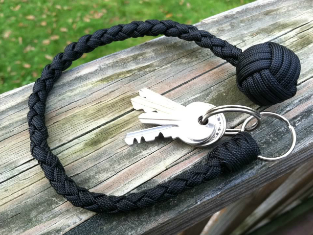 Paracord Self Defense Keychain