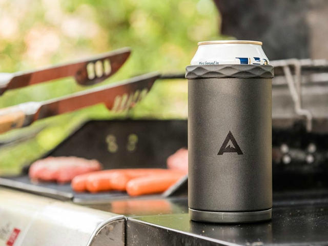 Keep Drinks Cool Longer with the Corkcicle Arctican Can Cooler