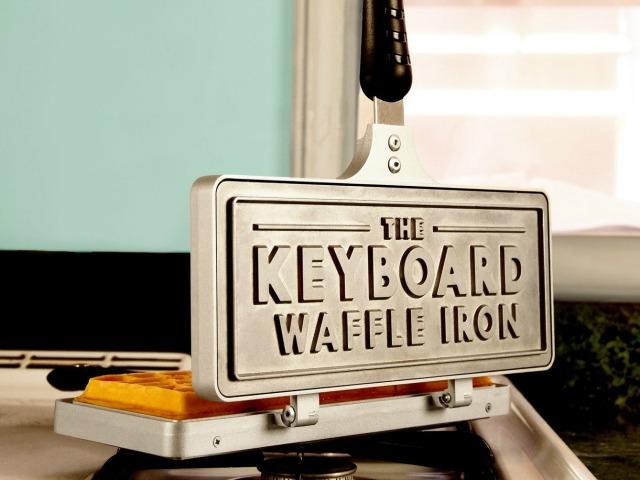 Keyboard Waffle Iron Makes Geek's Dream Breakfast