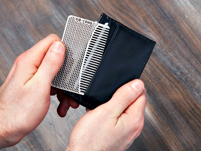 Go Comb: EDC Comb Designed for your Wallet