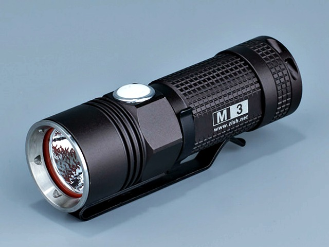 On The Road M3 Feather Light 920 Lm LED Flashlight