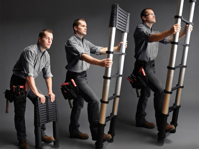 Xtend & Climb Telescoping Ladder Goes from 3 to 12.5 Feet