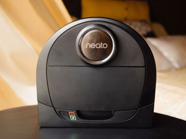 Neato-Robotics Botvac-D5 Connected Wi-Fi Navigating-Robot Vacuum