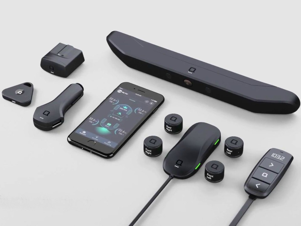 ZUS Connected Car System