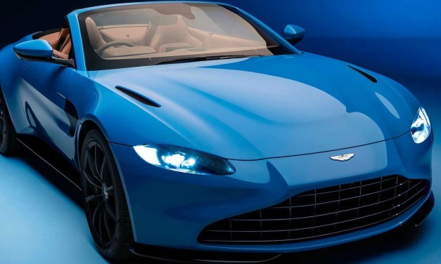 2021 Aston Martin Vantage Roadster – World's Fastest Convertible Roof