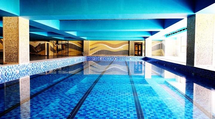 Sarvottam International School: Heated pools in Delhi