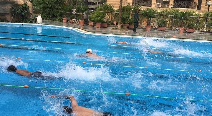 Michael Phelps Swimming at Evershine Club: swimming poll in north mumbai