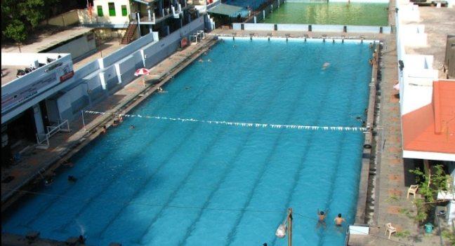 deccan gymkhana: swimming pool in Pune