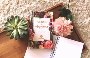 52 Lists for Happiness Book