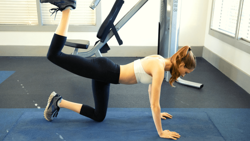 Dumbbell leg workout for toned legs