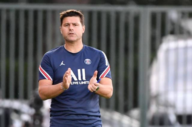"""Mauricio Pochettino on whether PSG will make more signings: """"There are  always surprises.""""   Get French Football News"""