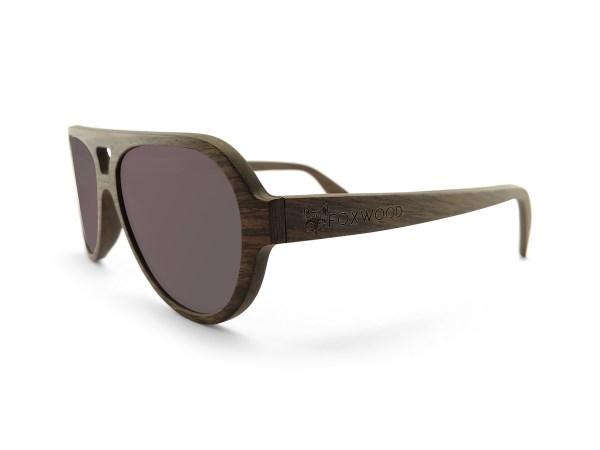 Foto van rechtervoorkant van houten zonnebril Blackbird van merk foxwood
