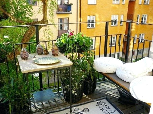 Small Patio Decor Awesome Apartment Decorating
