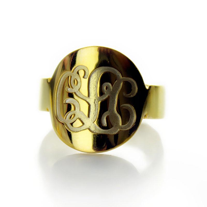 Gold Engraved Monogram Itnitial Ring