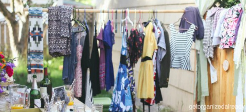 Host a clothing swap party this spring!