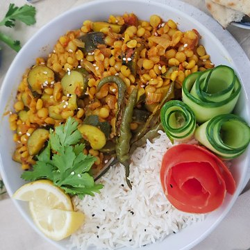 YELLOW SPLIT PEA WITH ZUCCHINI