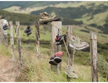 Port Charles fence of shoes
