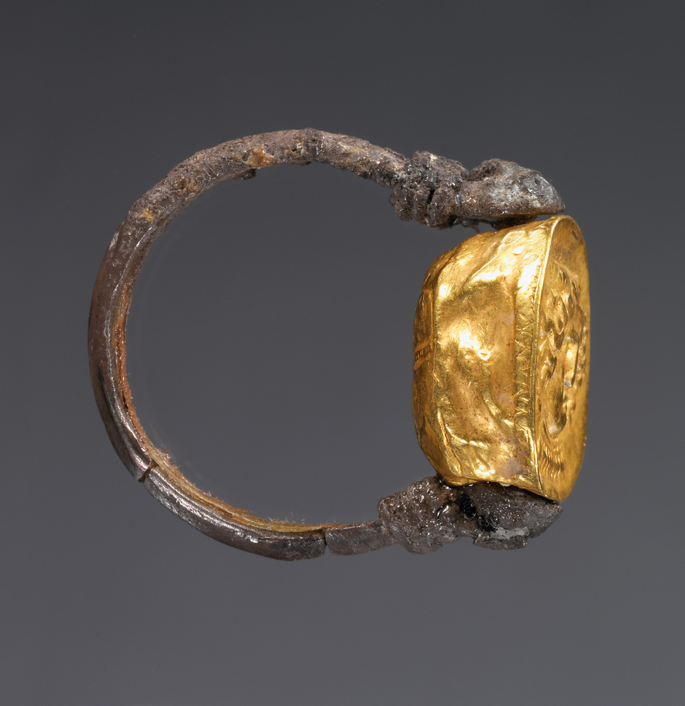 Hollow scarab in swivel ring Getty Museum