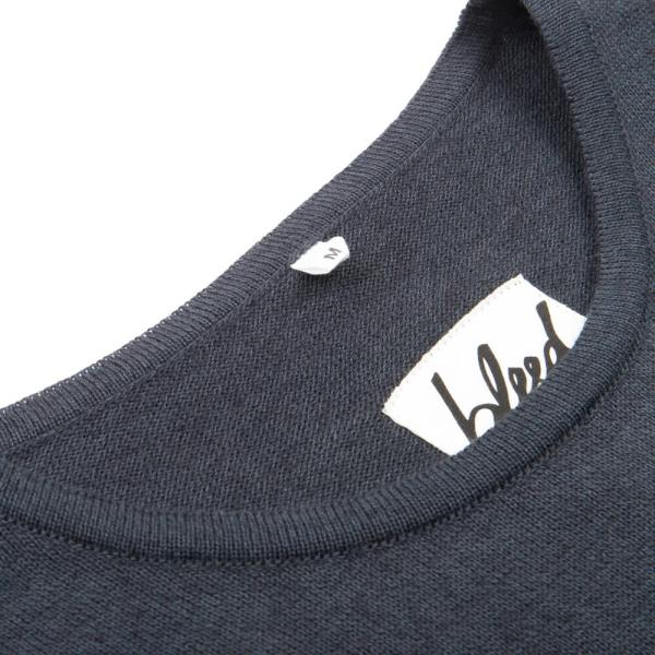 bleed-clothing-1532-fine-pullover-grau-detail-011