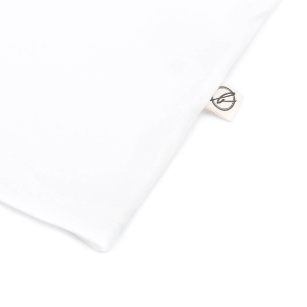 bleed-clothing-1410-dot-logo-t-shirt-white-detail-03