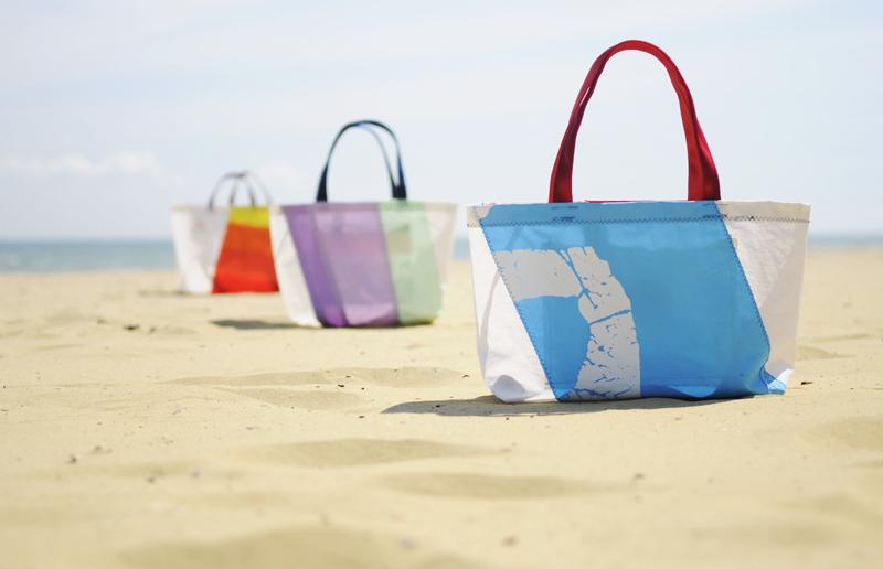 sailcloth beach chairs swivel chair en espanol wightsails recycled making a splash bag 21