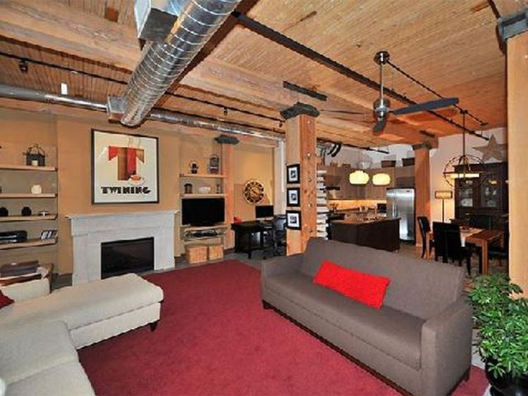 Broadview Lofts | 68 Broadview Avenue