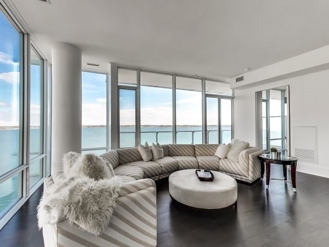 Toronto Waterfront Condo with views for sale
