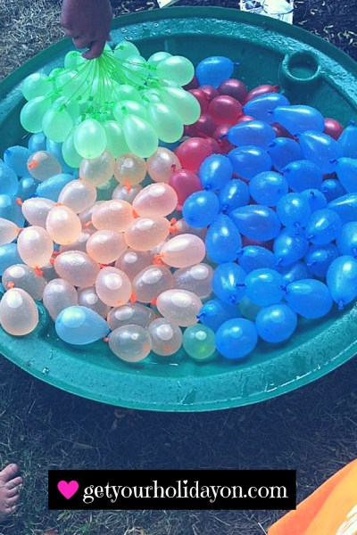 Imagine their faces when they are greeted with a WELCOME TO SUMMER water balloon fight on their last day of school. ZURU Bunch O Balloons, Fill in 60 Seconds, 350 Water Balloons