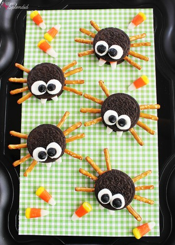 7 Foods to Make Halloween Extra Fun| Not So Scary Halloween Spider cookies.