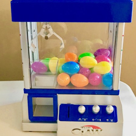 Kid's Reward System That Works | A Mom Machine That Creates A Totally FUN Childhood #momlife #sahm #rewards #forkids