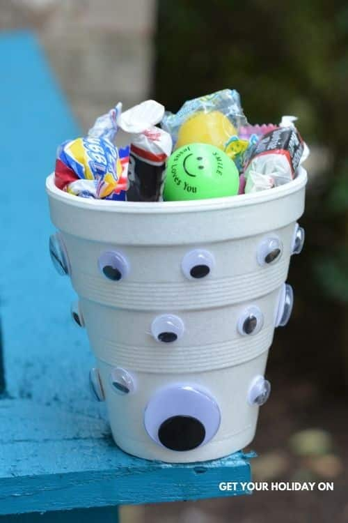 stuff to put inside your goody bags for halloween.