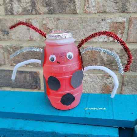 summer insect ladybug craft for kids.