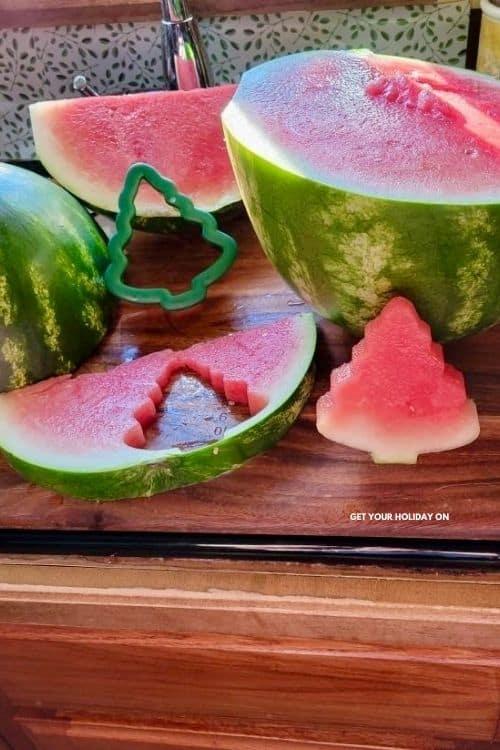 how to make watermelon Christmas trees.