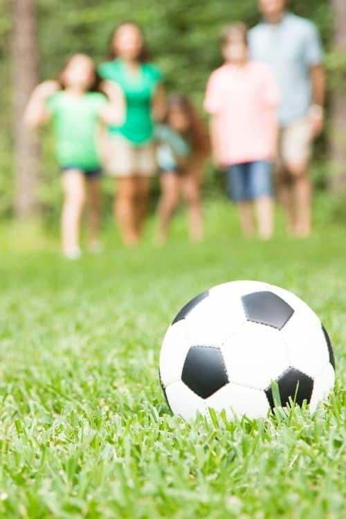 Outdoor Family Yard Games to play this summer.