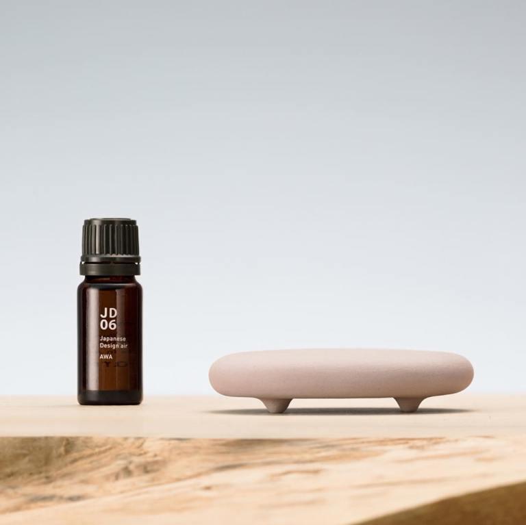 Stenen diffuser TOKONAME is een geursysteem voor thuis wat geruisloos aroma afgeeft aan de omgeving.