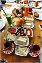 Gezi İstanbul Göktürk kahvaltısı-2