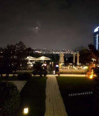 Hilton İstanbul Bosphorus Veranda