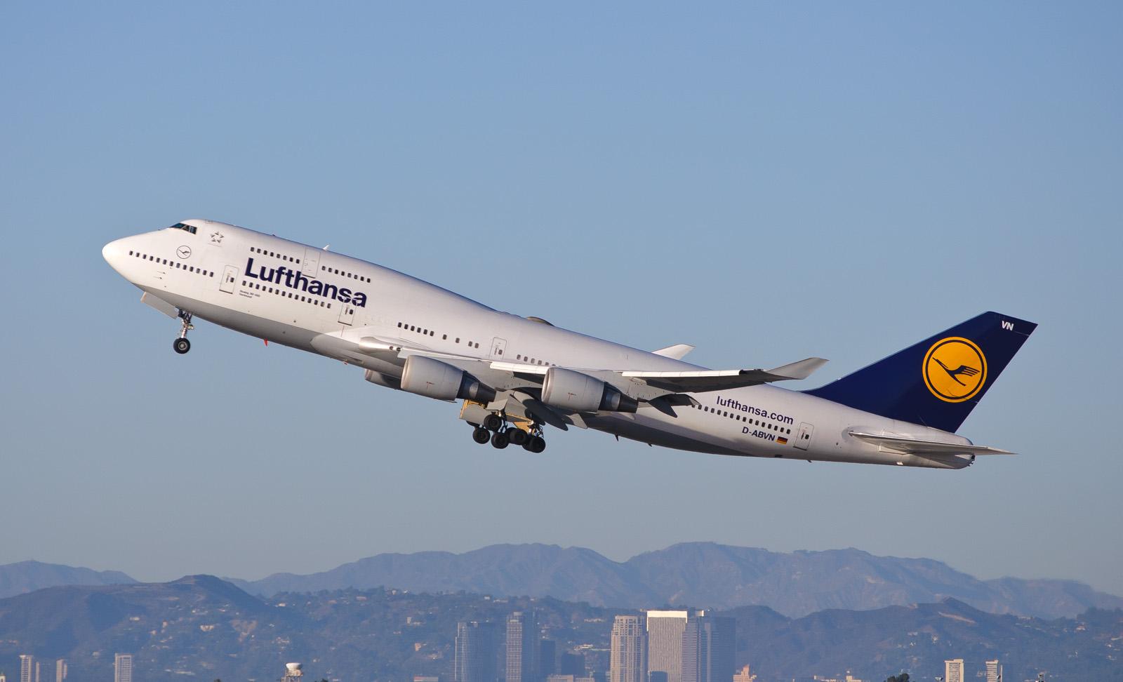 Lufthansa_Geziko
