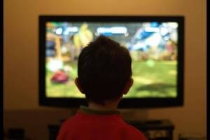 Kinderen tv kijken