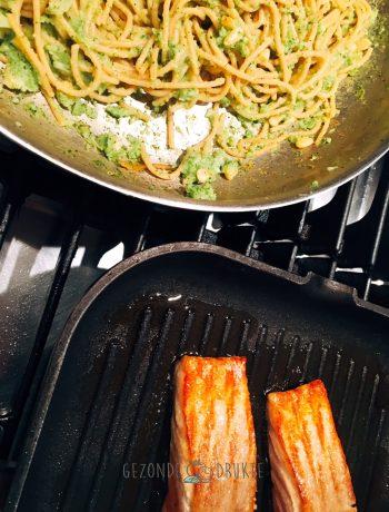 Gezonde en lekkere zalm met broccoli pasta