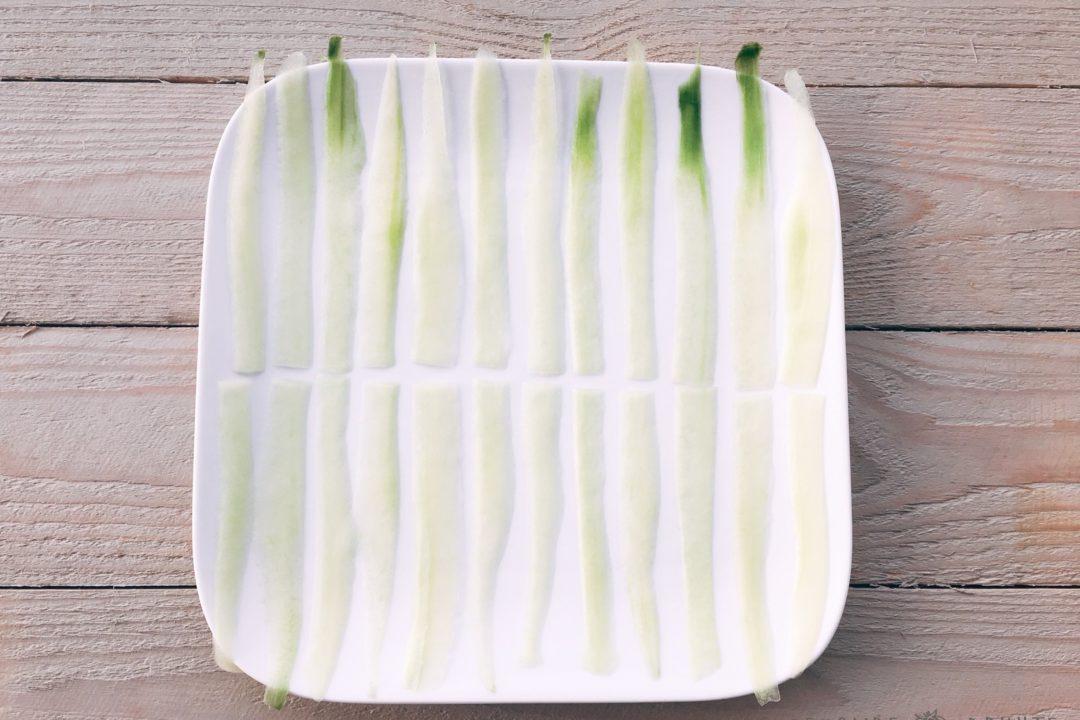 aperitiefhapje met komkommer en garnalen pakjes gezonde drukte gezond