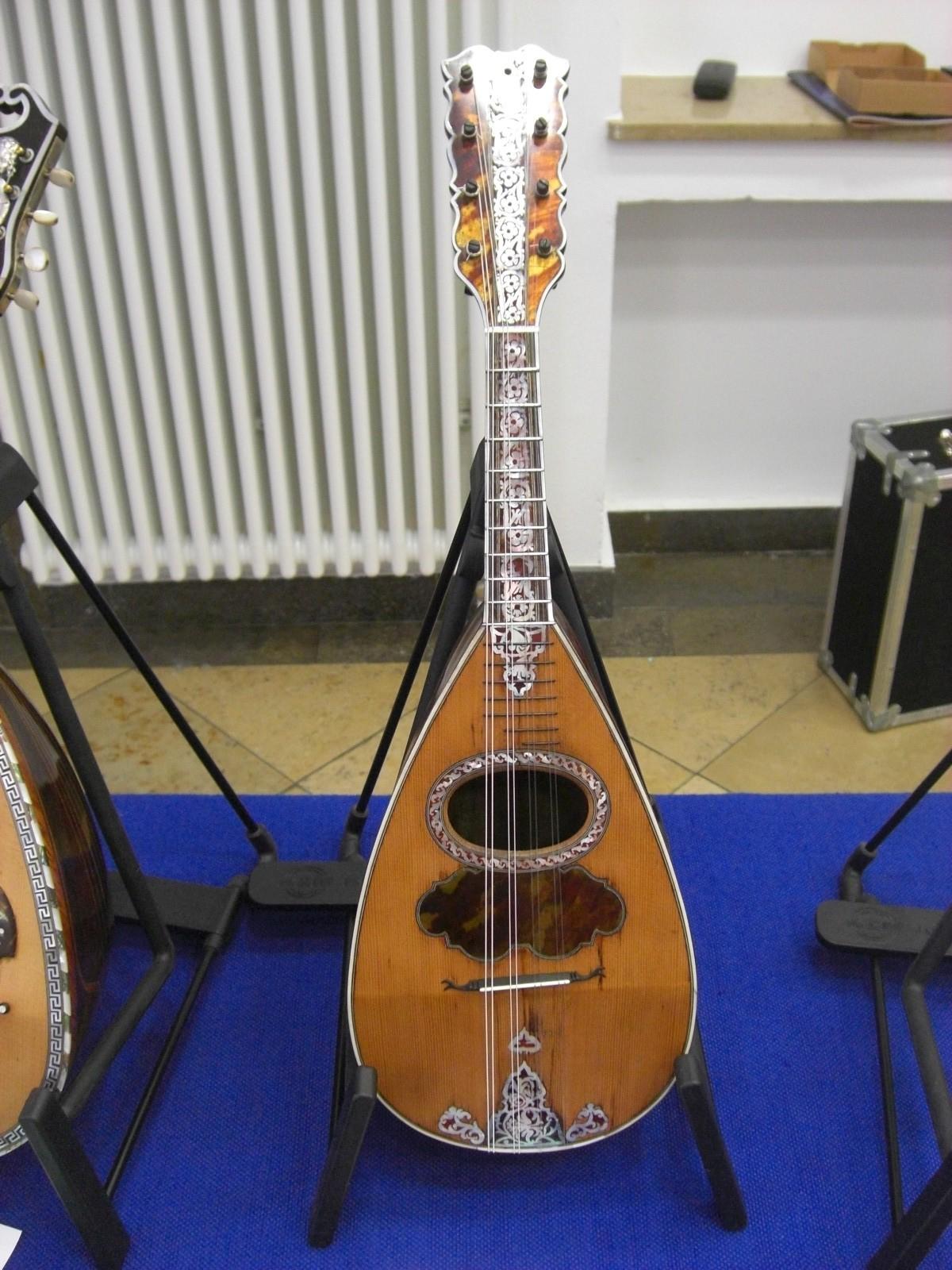 Mandoline von Fabricatore (18. Jhdt.)